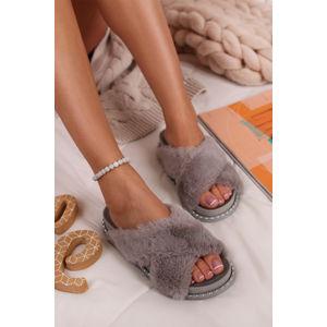 Šedé pantofle Aliyah