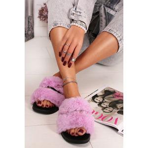 Fialové kožešinové pantofle Dalia