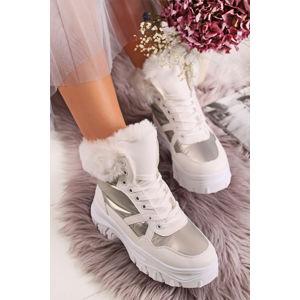 Bílo-stříbrné kotníkové boty Martha