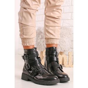 Černé kotníkové boty 5-25425