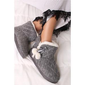 Tmavě šedé pantofle Bessy