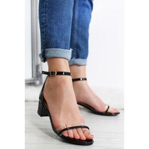 Černé sandály Zaina