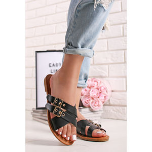 Černé pantofle Vella