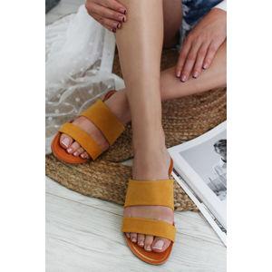 Žluté pantofle 5-27208