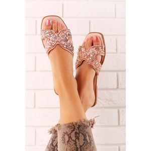 Světle růžové pantofle Azure