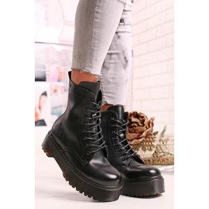 Černé kotníkové boty 69169