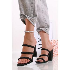 Černé semišové pantofle na hrubém podpatku Polly