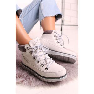 Bílé kotníkové boty 49285