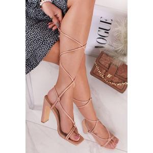 Béžové šněrovací sandály na hrubém podpatku Isabelle