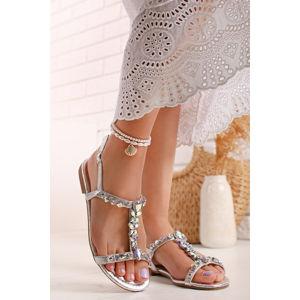 Stříbrné nízké sandály s ozdobnými kamínky Alesse