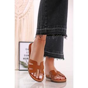 Skořicové kožené pantofle 2-27117