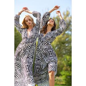 Černo-bílé zebrované šaty F1095