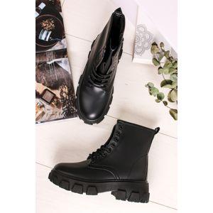 Černé šněrovací kotníkové boty Trinity