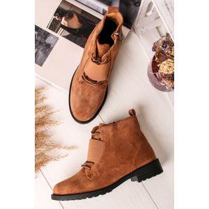 Skořicové semišové kotníkové boty Perry
