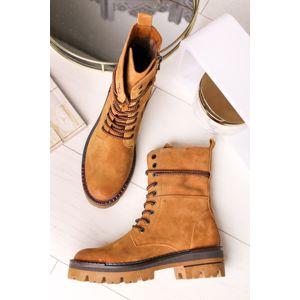 Tmavě žluté kožené boty 2-25206