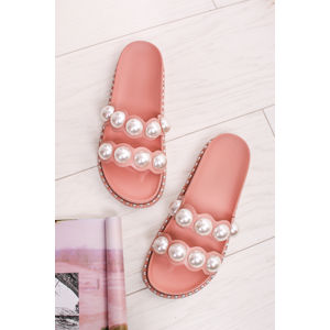 Růžové pantofle s perlami Dulcia