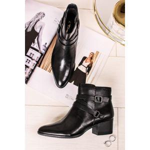 Černé kožené kotníkové kozačky na hrubém podpatku 1-25064