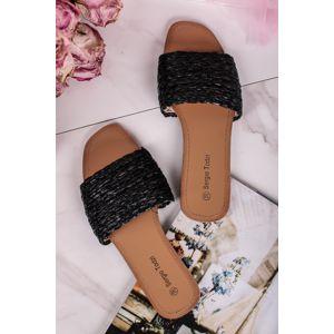 Černé pantofle Lorene